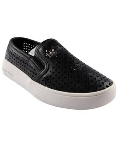 SHOE BLACK CUTOUT SLIP ON