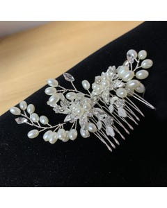 HAIR COMB PEARLS FLOWERS & STEMS