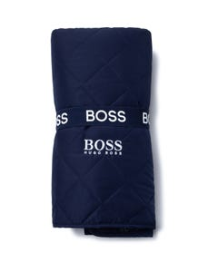 Hugo Boss Boys Blanket Navy Waterproof With Logo Detail Size OS | Blankets For Toddlers J90202 Navy